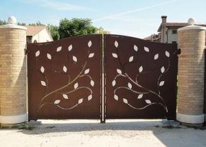 Cancello-Foglie-001